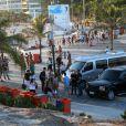Ricky Martin curte paisagem do Arpoador, na Zona Sul do Rio de Janeiro, neste terça-feira, 11 de março de 2014