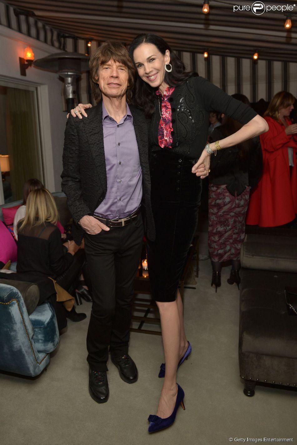 Mick Jagger está abalado com a morte da namorada, L'Wren Scott. A banda Rolling Stones cancelou o show que faria na Auatrália, em 20 de março de 2014