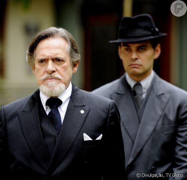 Ernest (José de Abreu) e Manfred (Carmo Dalla Vecchia) morrem no final de 'Joia Rara', que termina em 4 de abril de 2014