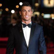 Cristiano Ronaldo mostra casal de filhos gêmeos de barriga de aluguel: 'Amores'