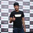 Neymar compareceu ao casamento de Lionel Messi com  Antonela Roccuzzo