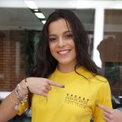Ex-BBB Emilly Araújo se veste de noiva para arraial solidário, no Rio: 'Casamos'