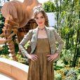 A atriz, modelo e apresentadora de televisão francesa Louise Bourgoin prestigiou o desfile de alta-costura que celebrou os 70 anos da Dior, em Paris, na França, em 3 de julho de 2017