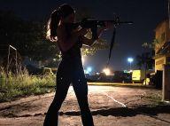 'A Força do Querer': Bibi transporta fuzis para vender a traficante por Rubinho
