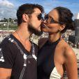 José Loreto afirmou que esse vídeo foi feito há dez anos, quando ainda nem conhecia sua mulher, Débora Nascimento