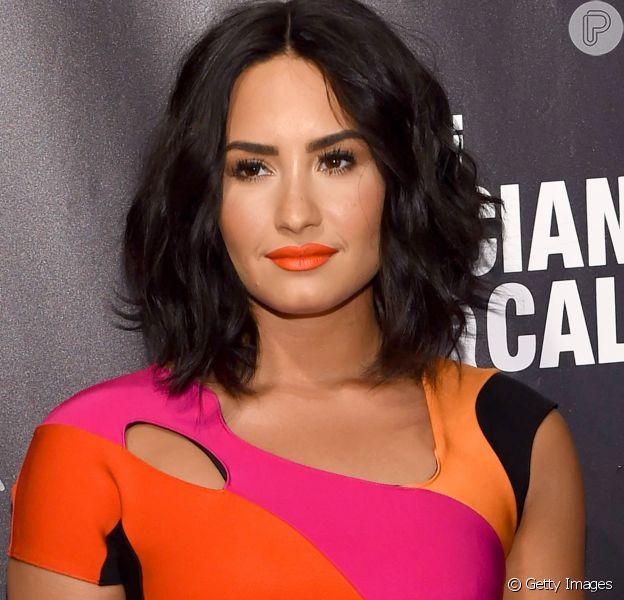 Demi Lovato teve a sua mansão invadida por um bandido em Los Angeles na terça-feira, 11 de julho de 2017