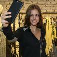 Barbara Palvin já foi angel da grife de lingerie Victoria's Secret e é embaixadora da L'Oréal