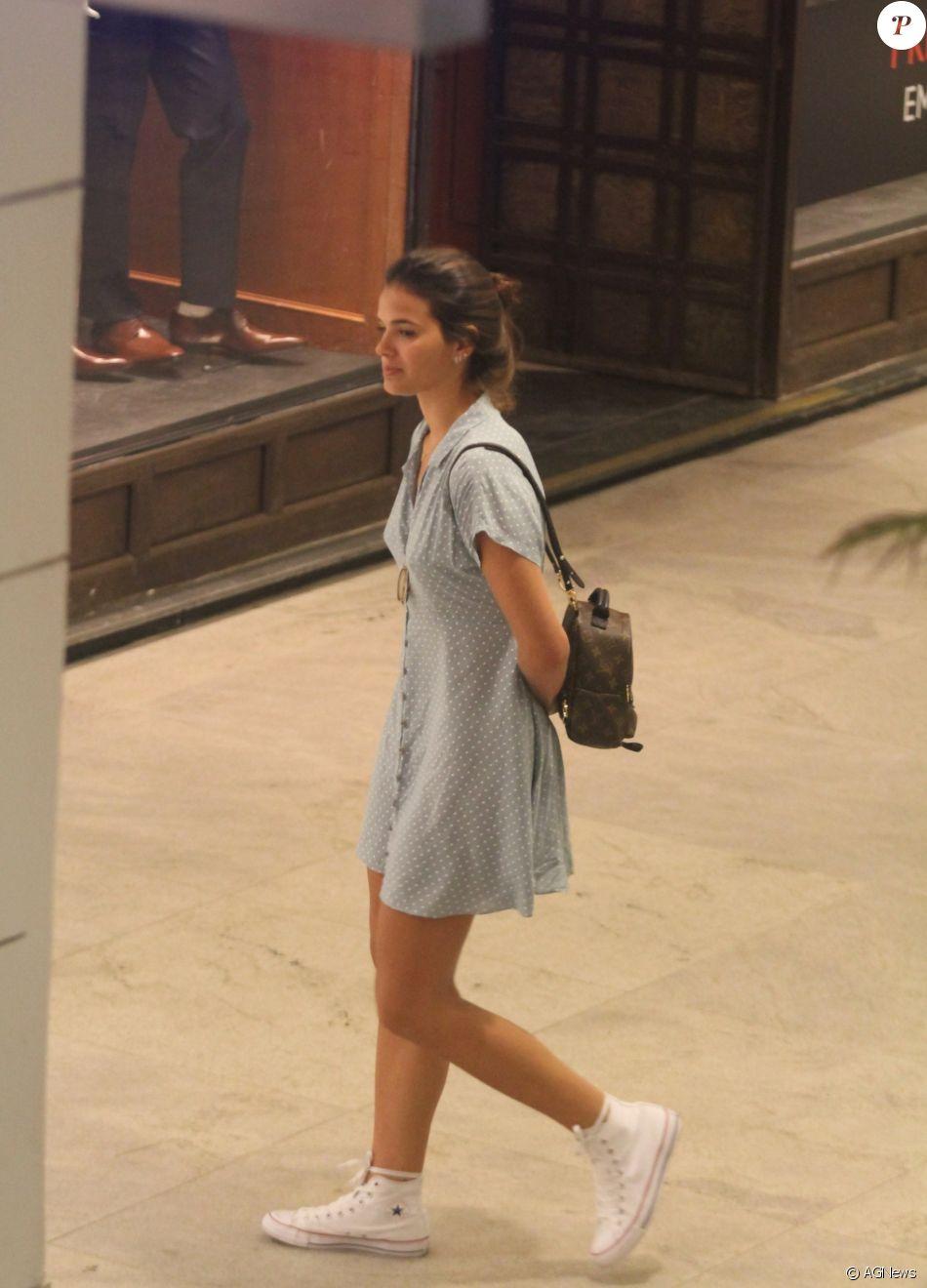 Bruna Marquezine esteve em um shopping em São Conrado, Zona Sul do Rio de Janeiro, nesta sexta-feira, 14 de julho de 2017