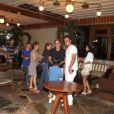 Adriana Esteves e Marco Ricca comemoram o aniversário de 12 anos do filho deles, Felipe Ricca, com familiares e amigos em uma churrascaria do Rio de Janeiro, em 21 de janeiro de 2013