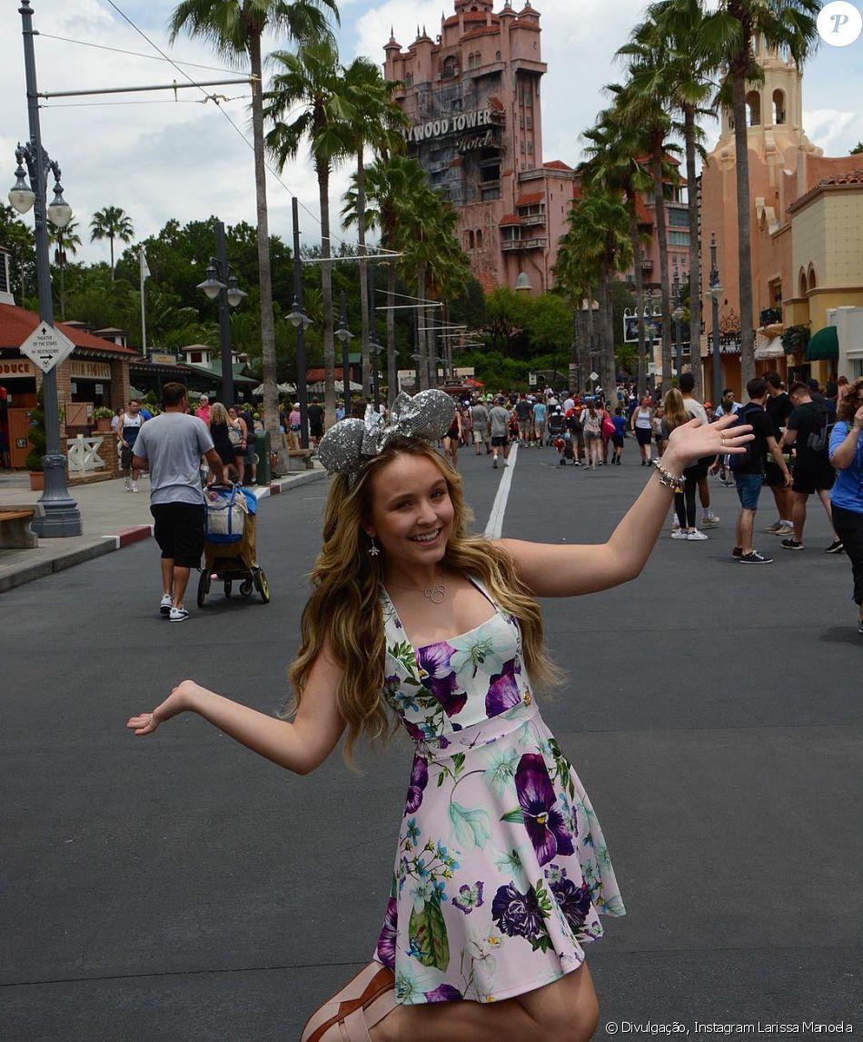 e3fed913c7cf9 Larissa Manoela está de férias na Disney - Purepeople