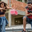 Na novela 'A Força do Querer',Bibi (Juliana Paes) conseguiu impedir que um traficante atirasse em Caio (Rodrigo Lombardi) durante uma operação policial em uma favela