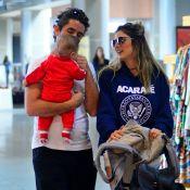 Rafa Brites, Felipe Andreoli e filho usam looks confortáveis para viajar. Fotos!