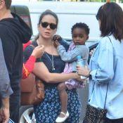 Leandra Leal circula com a filha, Julia, e com o marido, Alê Youssef, no Rio