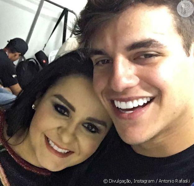 Ex-BBB Antonio Rafaski negou romance com Maraísa, da dupla com Maiara, nesta terça-feira, 25 de julho de 2017