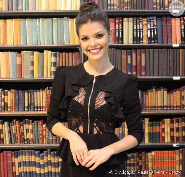Vitória Strada, protagonista da novela 'Tempo de Amar', não se incomoda com a exposição de sua vida pessoal: 'Já adianto: estou solteira e focada no trabalho'