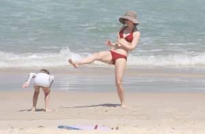 Fernanda Torres festeja aniversário do filho Antonio em praia com a família