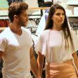 Camila Queiroz e Klebber Toledo foram as compras em um shopping da Barra da Tijuca, Zona Oeste do Rio, no dia, 27 de novembro de 2016