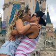 'Essa notícia não tem fundamento', disse assessoria de Larissa Manoela sobre o fim do namoro da atriz com Thomaz Costa. Informação foi publicada pelo colunista Flávio Ricco, nesta quarta-feira, 9 de agosto de 2017
