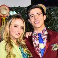 Larissa Manoela homanegeou o namorado, Thomaz Costa, quando o ator completou 17 anos: 'Me deu o primeiro beijo'