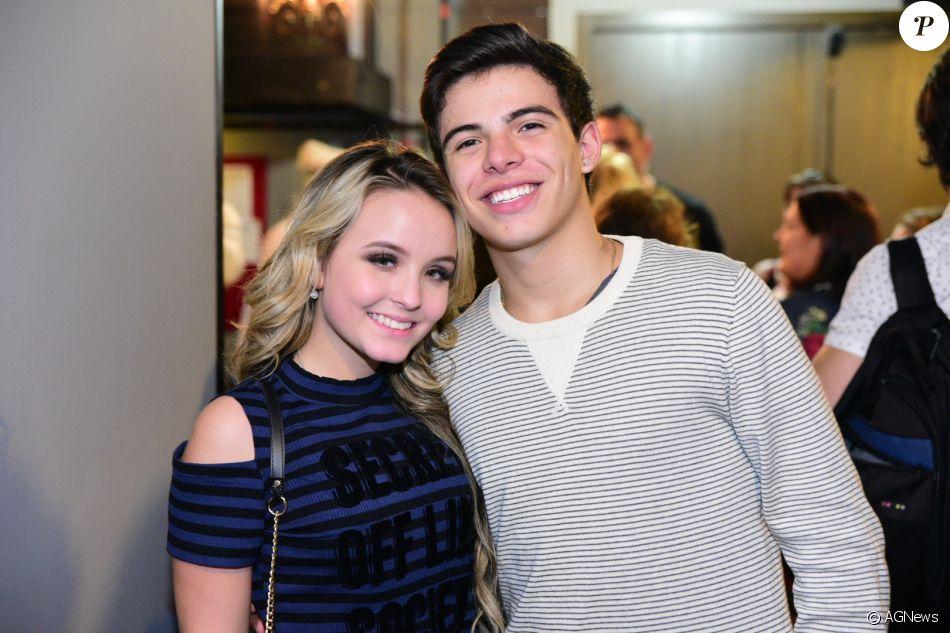 Larissa Manoela e Thomaz Costa continuam namorando, disse ao Purepeople  assessoria de imprensa da atriz 6b4785e1ff