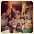 Bruno Gagliasso comemora aniversário de 32 anos em Fernando de Noronha na companhia de amigos e familiares