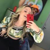 Larissa Manoela dança música de Anitta e Pabllo Vittar em bastidor: 'Amo'. Vídeo