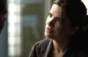 'Pega Pega': Júlio sai da cadeia e beija Antônia, mas ela o rejeita. 'Ladrão'