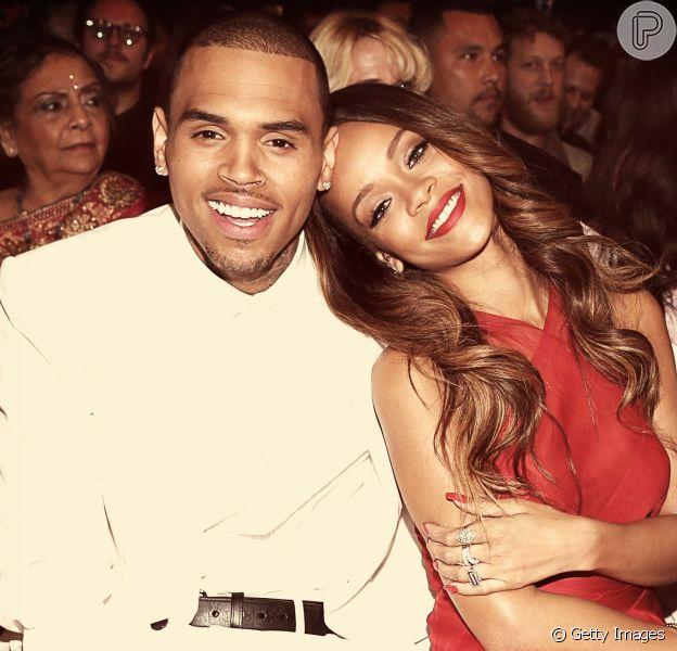 Chris Brown revelou detalhes de agressão a ex-namorada Rihanna em novos trechos do documentário 'Chris Brown: Welcome To My Life'