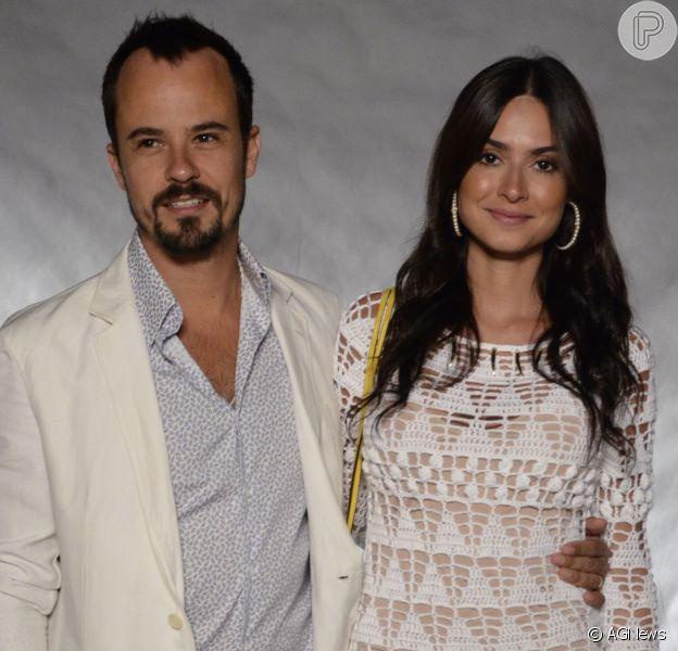 Paulo Vilhena encontra a ex-mulher, Thaila Ayla, na45º edição do Festival de Cinema de Gramado, no Rio Grande do Sul