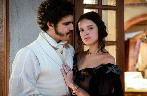 Novela 'Novo Mundo': dom Pedro não resiste e perdoa Domitila. 'Amo você'