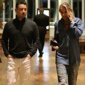 Adriane Galisteu aposta em look all jeans para jantar com marido no Rio. Fotos!