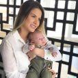 Andressa Suita tatuou o nome do filho, Gabriel, e dividiu opiniões nas redes sociais