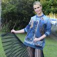Fernanda Keulla usou uma produção total  Fabiana Milazzo coleção verão 2018 para  prestigiar o segundo dia da São Paulo Fashion Week nesta segunda-feira, 28 de agosto de 2017