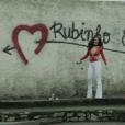 Bibi (Juliana Paes) apostou em um body super decotado para se declarar ao marido em 'A Força do Querer'