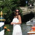 Bruna Marquezine posou poderosa em Veneza
