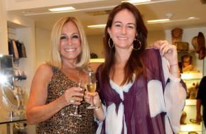 Susana Vieira fica ruiva, morena e loira para campanha de doação de perucas