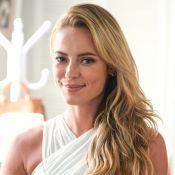 Paolla Oliveira se bronzeia de biquíni de lacinho e agita a web: 'Perfeita'