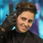 Namorada de Carol Duarte surge com novo visual e adota corte de cabelo da atriz