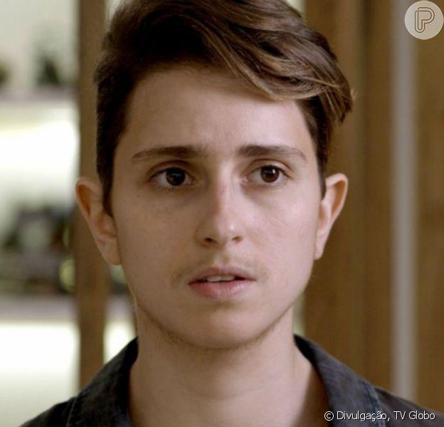 Na novela 'A Força do Querer', Ivan (Carol Duarte) sofre um aborto ao levar surra