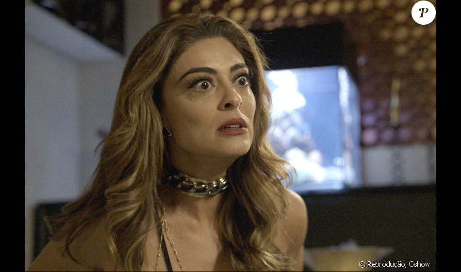 Na novela 'A Força do Querer', Rubinho (Emílio Dantas) manda Bibi (Juliana Paes) pegar pensão do filho com Carine (Carla Diaz)
