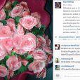 Mas como estava com pressa, Anitta nem parou o carro e só pegou as flores. Em seu Instagram, a cantora disse que não sabia o motivo, mas que tinha adorado receber as flores do 'Pânico na Band'