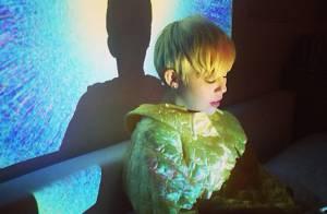 Miley Cyrus publica fotos pela primeira vez após ter alta do hospital