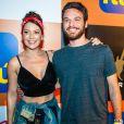 Emilio Dantas e Fabiula Nascimento foram para o Rock in Rio para assistir show do Aerosmith