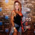 A skatista Leticia Bufoni apostou no preto para prestigiar o Rock in Rio nesta quinta-feira, 21 de setembro de 2017