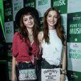 As gêmeas Giselle e Michelle Batista foram estilosas ao Rock in Rio desta quinta-feira, 21 de setembro de 2017