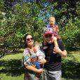 Thais Fersoza recebeu a ajuda da mãe, Gloria, durante a viagem à trabalho de Michel Teló