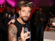 Bruno Gagliasso explica tiara de gatinho no RIR: 'Giovanna não quis, peguei'