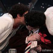 Jô Soares dá beijo triplo em George Sauma e Nicolas Bartolo na TV: 'Emocionado'