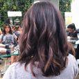 Acrisio Júnior, cabeleireiro responsável pela transformação, explica mudança de Paula Fernandes: 'Fizemos um corte mais curto, o long bob, com as pontas mais acentuadas, e mechas com dois tipos de tom, que vai do caramelo ao dourado acobreado'