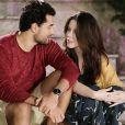 Alguns fãs da novela não gostaram de ver o beijo sendo interrompido por Dulce Maria (Lorena Queiroz): 'Q ue emoção foi essa Brasil?   Mas vamos combinar que o surgimento das crianças naquele momento não combinou nada'